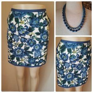 Ann Taylor LOFT Blue Floral Mini Skirt w/Pockets